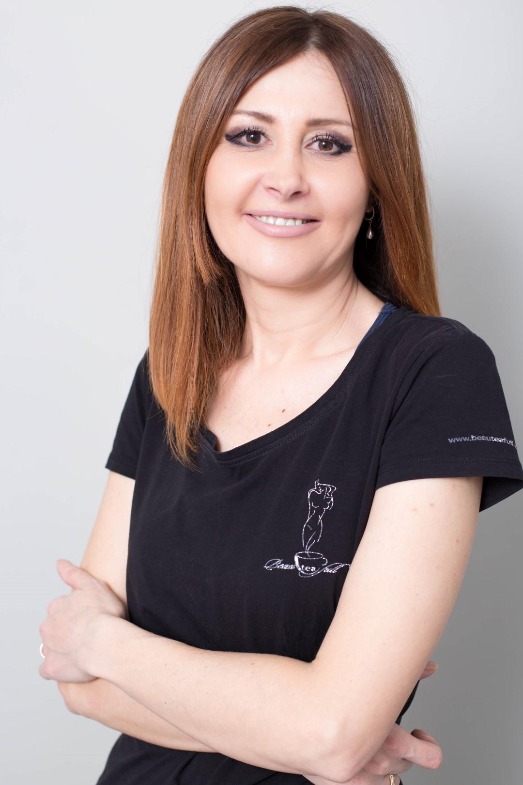 Mirela Oprea
